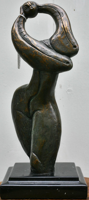 sitzender schutzengel bronze